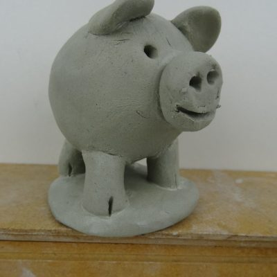 Double thumb pot pig.